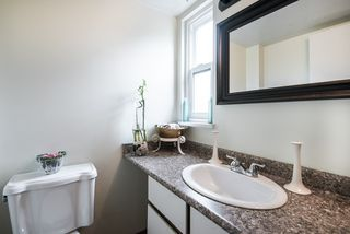 """Photo 15: 3472 NAIRN Avenue in Vancouver: Champlain Heights Townhouse for sale in """"COUNTRY LANE"""" (Vancouver East)  : MLS®# R2358449"""
