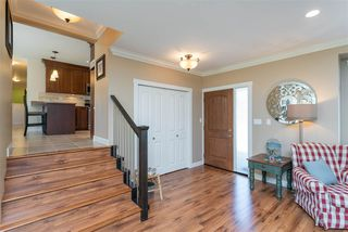 """Photo 3: 4558 SADDLEHORN Crescent in Langley: Salmon River House for sale in """"Salmon River"""" : MLS®# R2365220"""