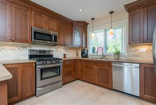 """Photo 5: 4558 SADDLEHORN Crescent in Langley: Salmon River House for sale in """"Salmon River"""" : MLS®# R2365220"""