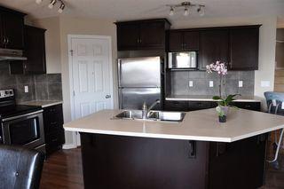Photo 2: 1429 HAYS Way in Edmonton: Zone 58 House for sale : MLS®# E4155473