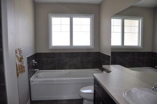 Photo 11: 1429 HAYS Way in Edmonton: Zone 58 House for sale : MLS®# E4155473