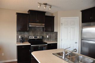 Photo 3: 1429 HAYS Way in Edmonton: Zone 58 House for sale : MLS®# E4155473