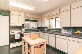 Photo 12: 463 ROUSSEAU Street in New Westminster: Sapperton House for sale : MLS®# R2368745