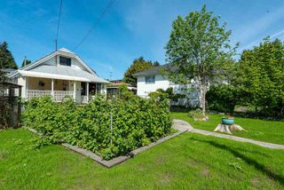 Photo 1: 463 ROUSSEAU Street in New Westminster: Sapperton House for sale : MLS®# R2368745