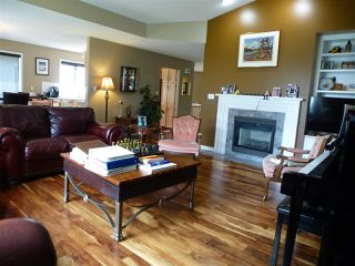 Photo 12: 1221 WERSHOF Road in Edmonton: Zone 20 House for sale : MLS®# E4170074
