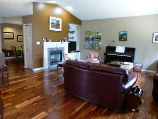 Photo 11: 1221 WERSHOF Road in Edmonton: Zone 20 House for sale : MLS®# E4170074