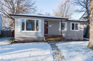 Photo 1: 947 Waterford Avenue in Winnipeg: East Fort Garry Residential for sale (1J)  : MLS®# 1930596