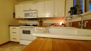 "Photo 5: 40628 PERTH Drive in Squamish: Garibaldi Highlands House 1/2 Duplex for sale in ""Garibaldi Highlands"" : MLS®# R2422621"