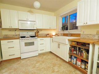 "Photo 4: 40628 PERTH Drive in Squamish: Garibaldi Highlands House 1/2 Duplex for sale in ""Garibaldi Highlands"" : MLS®# R2422621"