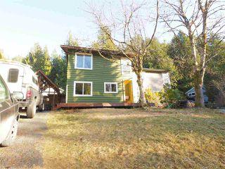 "Photo 15: 40628 PERTH Drive in Squamish: Garibaldi Highlands House 1/2 Duplex for sale in ""Garibaldi Highlands"" : MLS®# R2422621"