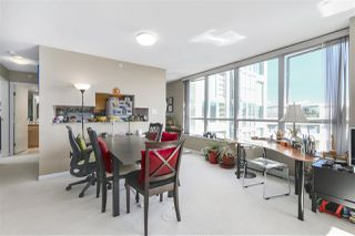 "Photo 9: 605 1228 MARINASIDE Crescent in Vancouver: Yaletown Condo for sale in ""CRESTMARK II"" (Vancouver West)  : MLS®# R2427268"