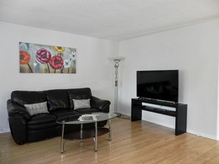 Photo 4: 11 Naskapi Crescent in Winnipeg: East Transcona Residential for sale (3M)