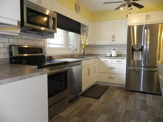 Photo 12: 11 Naskapi Crescent in Winnipeg: East Transcona Residential for sale (3M)