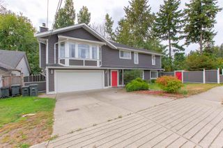 Photo 2: 19286 PARK Road in Pitt Meadows: Mid Meadows House for sale : MLS®# R2510376