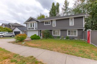 Photo 4: 19286 PARK Road in Pitt Meadows: Mid Meadows House for sale : MLS®# R2510376