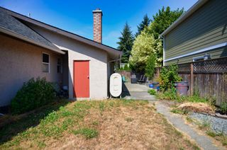 Photo 14: 956 Isabell Ave in : La Walfred House for sale (Langford)  : MLS®# 860657