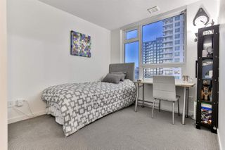 """Photo 7: 1904 5665 BOUNDARY Road in Vancouver: Collingwood VE Condo for sale in """"Wall Centre Central Park"""" (Vancouver East)  : MLS®# R2522154"""