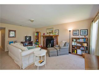Photo 2: SPRING VALLEY House for sale : 3 bedrooms : 1015 MARIA