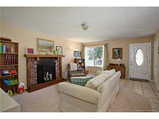 Photo 3: SPRING VALLEY House for sale : 3 bedrooms : 1015 MARIA