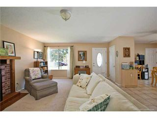 Photo 4: SPRING VALLEY House for sale : 3 bedrooms : 1015 MARIA