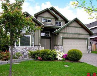 Photo 1: 14907 23RD AV in White Rock: Sunnyside Park Surrey House for sale (South Surrey White Rock)  : MLS®# F2610417