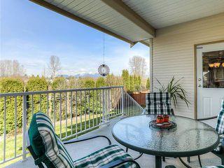 Photo 10: 19669 BLANEY Drive in Pitt Meadows: South Meadows House for sale : MLS®# V998547