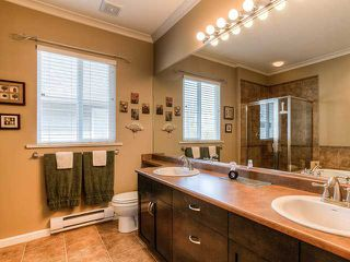 Photo 9: 19669 BLANEY Drive in Pitt Meadows: South Meadows House for sale : MLS®# V998547
