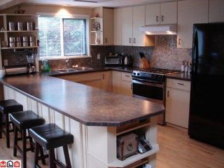 Photo 3: 6016  189TH ST in Surrey: Cloverdale BC House for sale (Cloverdale)  : MLS®# F1101394