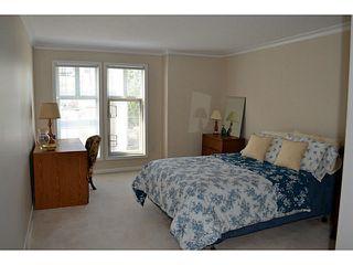 "Photo 10: 310 15350 19A Avenue in Surrey: King George Corridor Condo for sale in ""Stratford Gardens"" (South Surrey White Rock)  : MLS®# F1409599"