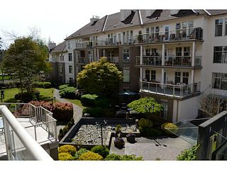 "Photo 16: 310 15350 19A Avenue in Surrey: King George Corridor Condo for sale in ""Stratford Gardens"" (South Surrey White Rock)  : MLS®# F1409599"