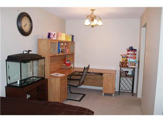 """Photo 8: 310 13771 72A Avenue in Surrey: East Newton Condo for sale in """"NEW TOWN PLAZA"""" : MLS®# F1422536"""