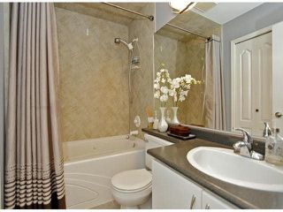 "Photo 14: 302 14965 MARINE Drive: White Rock Condo for sale in ""PACIFICA"" (South Surrey White Rock)  : MLS®# F1425870"
