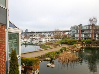 "Photo 28: 1592 ISLAND PARK Walk in Vancouver: False Creek Townhouse for sale in ""LAGOONS"" (Vancouver West)  : MLS®# V1099043"