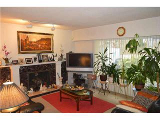 Photo 11: 1562 E KEITH Road in NORTH VANC: Lynnmour House for sale (North Vancouver)  : MLS®# V1105876