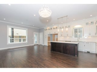 Photo 4: 5988 131ST Street in Surrey: Panorama Ridge House for sale : MLS®# F1433933