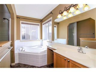 Photo 16: 136 COUGAR RIDGE Circle SW in Calgary: Cougar Ridge House for sale : MLS®# C4005616