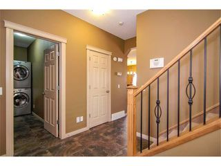 Photo 3: 136 COUGAR RIDGE Circle SW in Calgary: Cougar Ridge House for sale : MLS®# C4005616