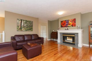 Photo 10: 1103 Praisewood Terr in VICTORIA: SE Broadmead House for sale (Saanich East)  : MLS®# 703930