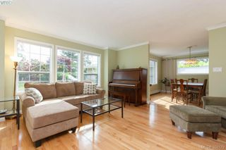 Photo 3: 1103 Praisewood Terr in VICTORIA: SE Broadmead House for sale (Saanich East)  : MLS®# 703930