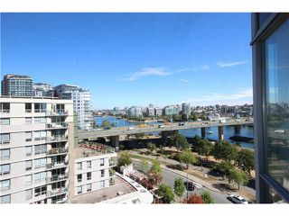 """Photo 12: 1003 1033 MARINASIDE Crescent in Vancouver: Yaletown Condo for sale in """"Quaywest"""" (Vancouver West)  : MLS®# V1143439"""