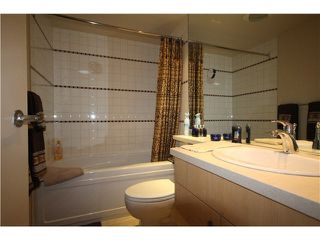"""Photo 8: 1003 1033 MARINASIDE Crescent in Vancouver: Yaletown Condo for sale in """"Quaywest"""" (Vancouver West)  : MLS®# V1143439"""