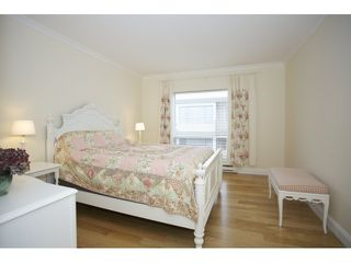 """Photo 13: 201 1255 BEST Street: White Rock Condo for sale in """"The Ambassador"""" (South Surrey White Rock)  : MLS®# R2025902"""