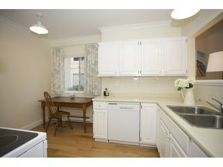 """Photo 11: 201 1255 BEST Street: White Rock Condo for sale in """"The Ambassador"""" (South Surrey White Rock)  : MLS®# R2025902"""