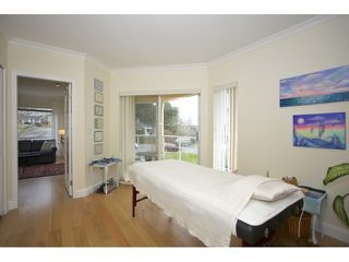"""Photo 17: 201 1255 BEST Street: White Rock Condo for sale in """"The Ambassador"""" (South Surrey White Rock)  : MLS®# R2025902"""