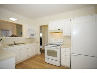 """Photo 9: 201 1255 BEST Street: White Rock Condo for sale in """"The Ambassador"""" (South Surrey White Rock)  : MLS®# R2025902"""
