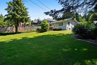"Photo 3: 13954 CRESCENT Road in Surrey: Elgin Chantrell House for sale in ""ELGIN/CHANTRELL"" (South Surrey White Rock)  : MLS®# R2066476"