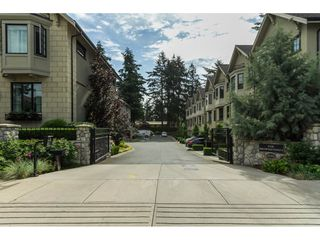 "Photo 1: 629 2580 LANGDON Street in Abbotsford: Abbotsford West Townhouse for sale in ""Brownstones"" : MLS®# R2077137"