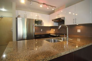 "Photo 3: 1003 14 BEGBIE Street in New Westminster: Quay Condo for sale in ""INTERURBAN"" : MLS®# R2084527"