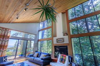 Photo 8: 4013 ROSE Crescent in West Vancouver: Sandy Cove House for sale : MLS®# R2084657