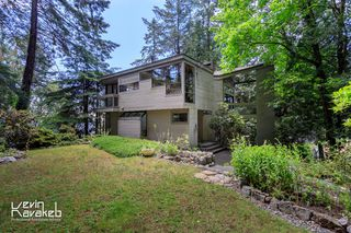 Photo 3: 4013 ROSE Crescent in West Vancouver: Sandy Cove House for sale : MLS®# R2084657
